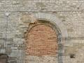 Pietralunga-portale-romanico-